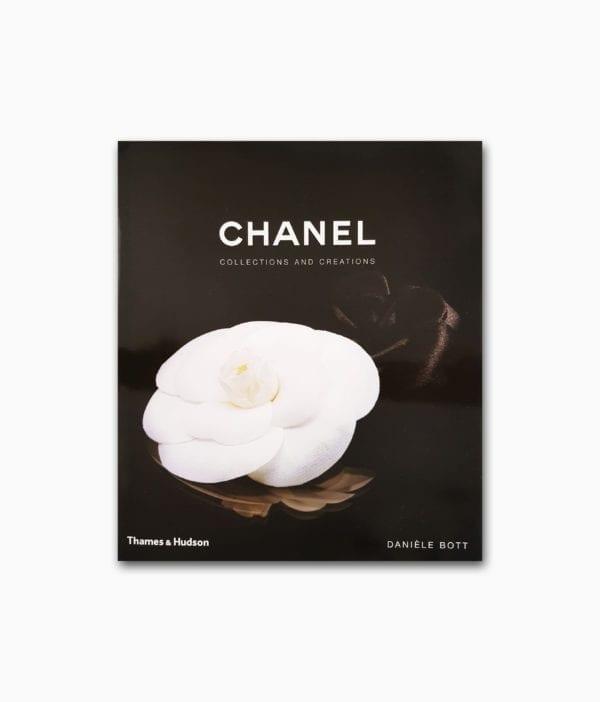 Cover eines Buches über die Mode Designerin Coco Chanel erschienen im Thames&Hudson Verlag