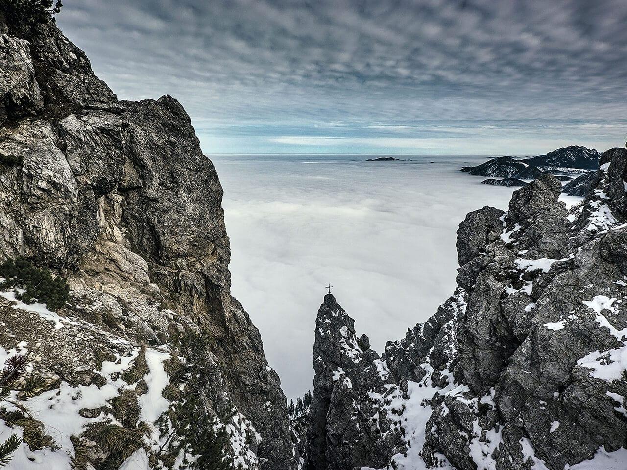 Fotografie aus einem Berg Buch mit dem Namen Ocean of Clouds erschienen im Sieveking Verlag
