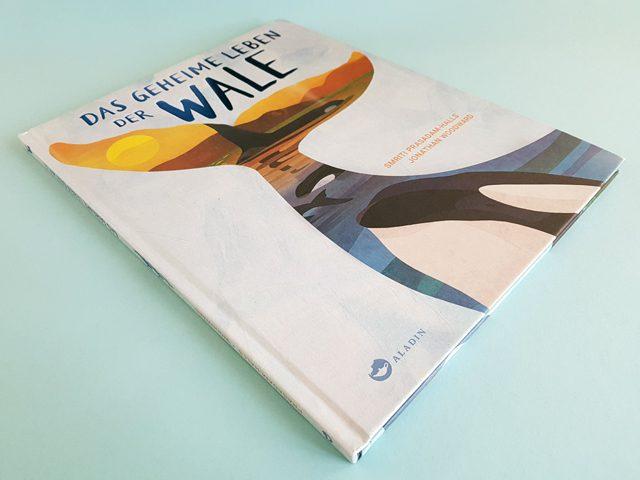 Das geheime Leben der Wale Aladin Verlag Buchcover liegend