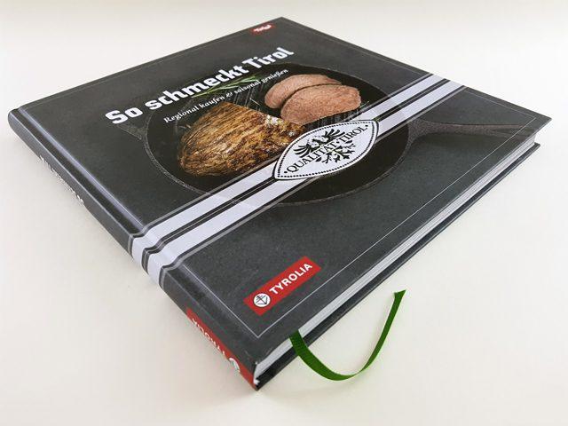 So schmeckt Tirol Tyrolia Verlag Buchcover liegend