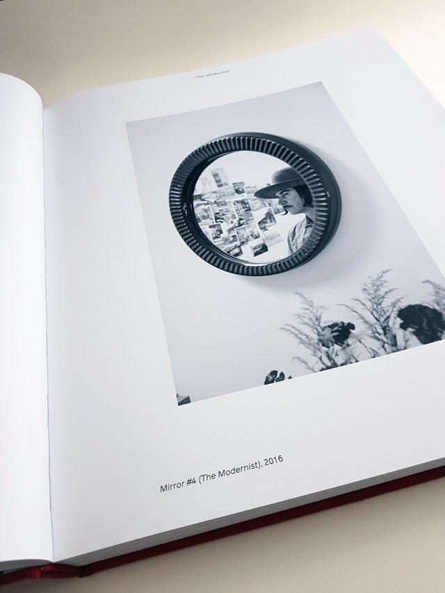 Catherine Opie Phaidon Verlag aufgeschlagenes Buch