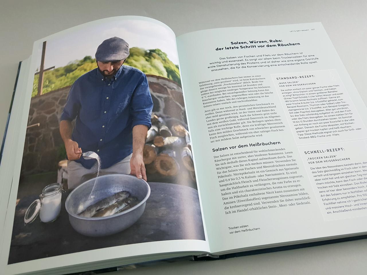 Das Fischräucherbuch Ulmer Verlag aufgeschlagenes Kochbuch